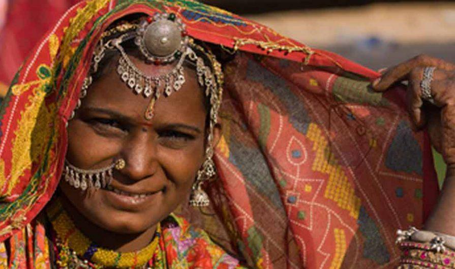 Indische Frauen ausziehen