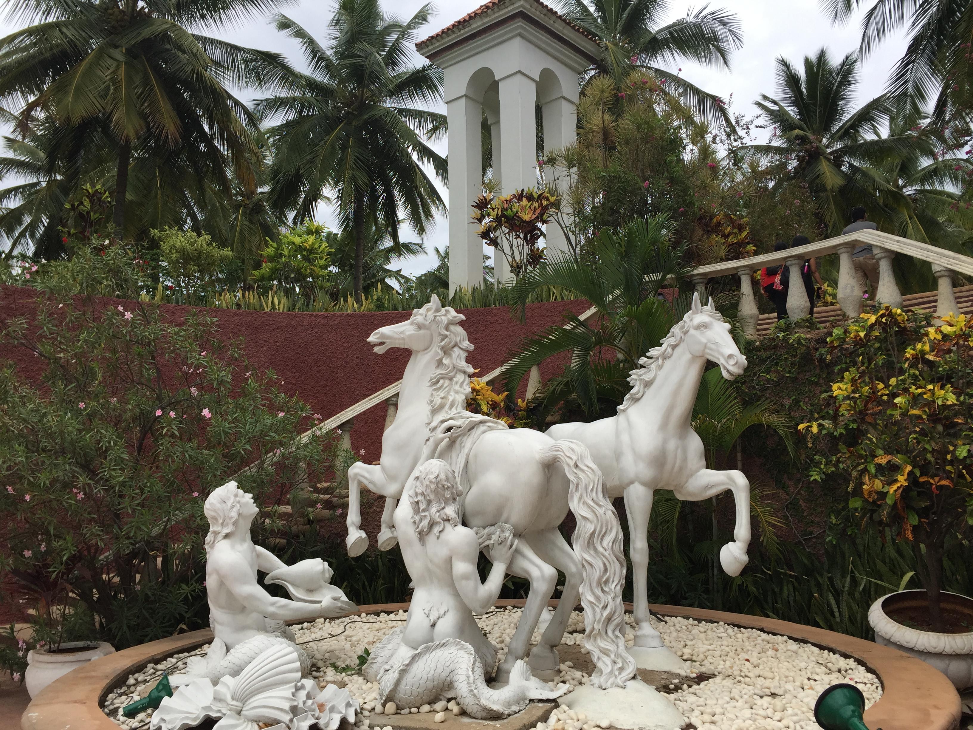 Golden Palms Hotel – Reisen in Indien